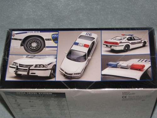 Revell - Chevy Impala Police Car- Esc.1/25 - Level 1 Snaptit  - King Models