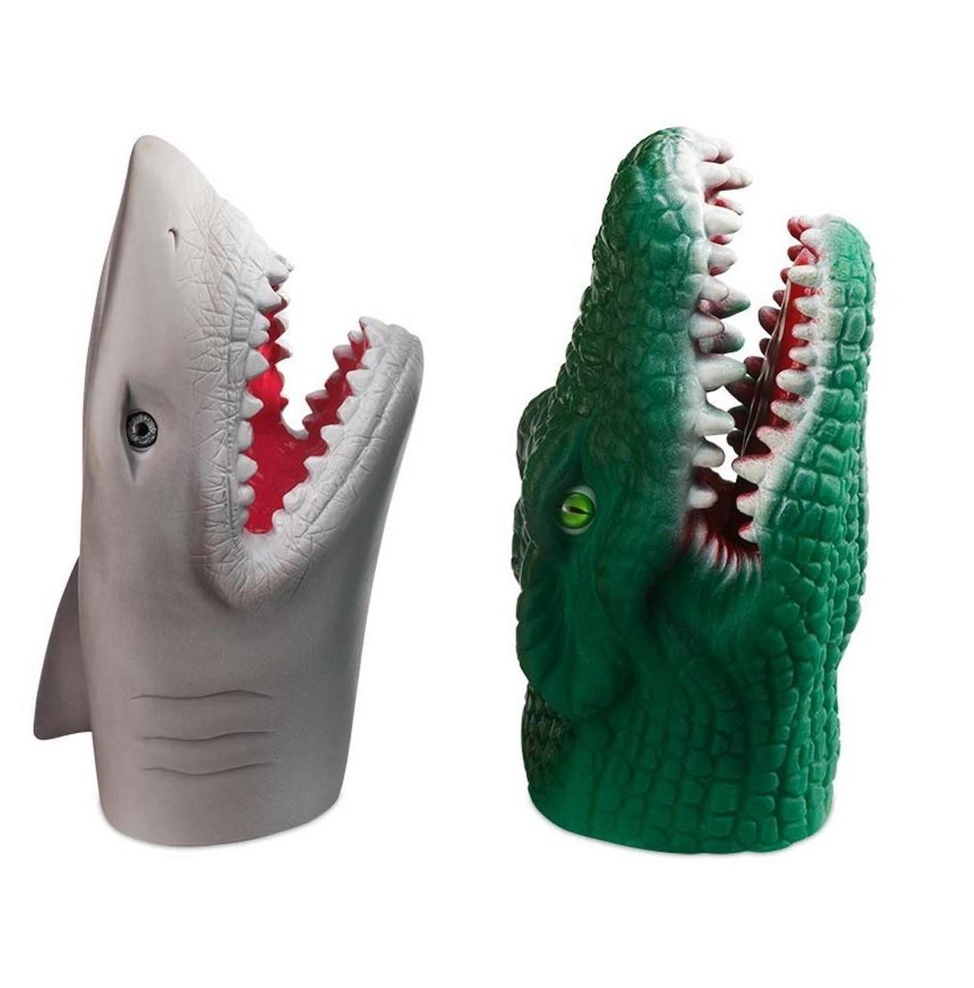 Fantoche de mão infantil plástico Tubarão e Crocodilo Multikds 2unid. BR1148  - Mix Eletro