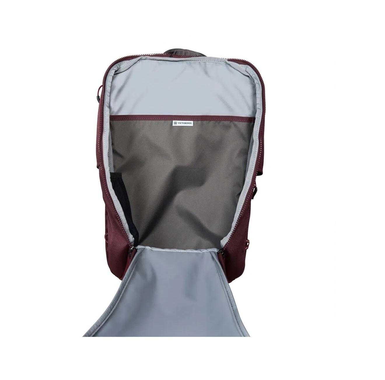 Mochila laptop 13 abertura frontal e lateral Altmont Active Everday Victorinox 602134  - Mix Eletro