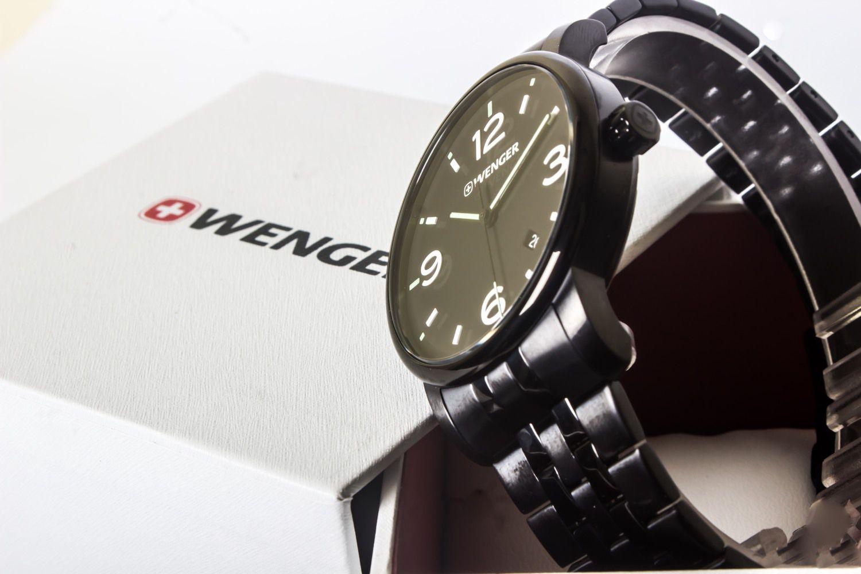 Relógio de Pulso suíço Wenger Urban Classic 42mm 01.1741.119  - Mix Eletro