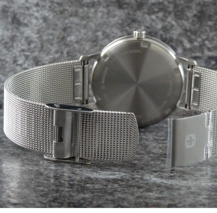 Relógio feminino Suíco Wenger Urban Donnissima Prata 01.1721.107  - Mix Eletro