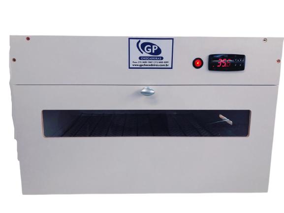 Chocadeira elétrica e automática 100 ovos com grades GPR 100