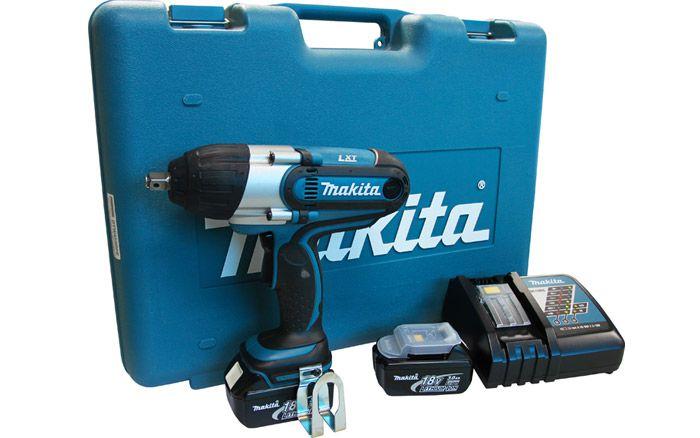 """Chave de Impacto a Bateria 1/2"""" DTW 450 RFE 220V - MAKITA"""
