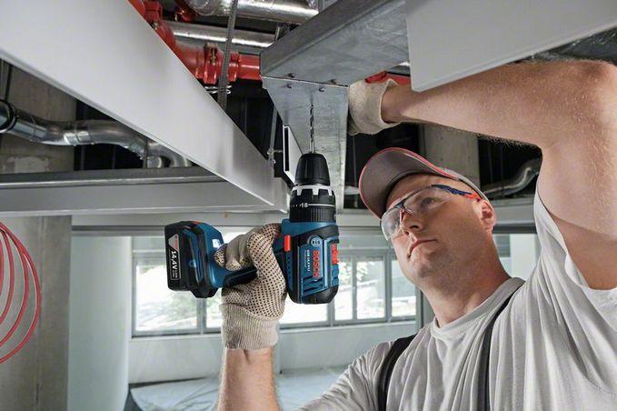 Furadeira / Parafusadeira a Bateria 14,4v GSB 14,4 V LI  220V - BOSCH