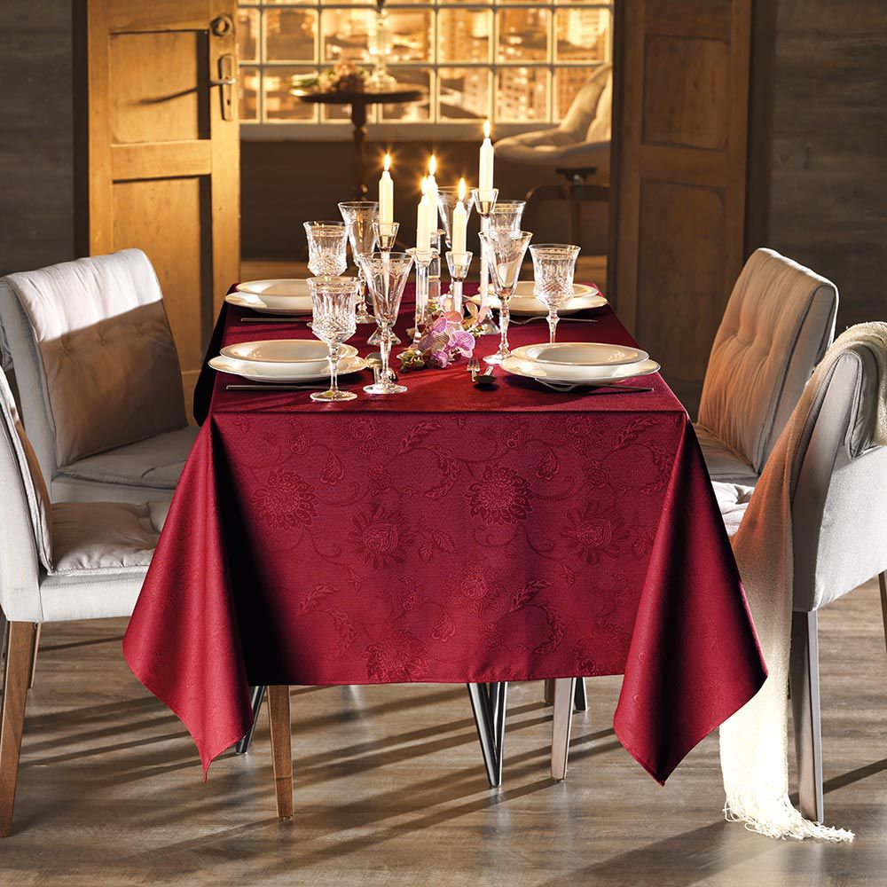 Toalha de Mesa Karsten Retangular 12 Lugares Celebration Sienna Vermelha