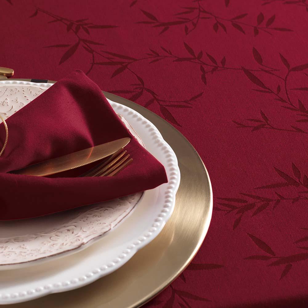 Toalha de Mesa Karsten Retangular 12 Lugares Celebration Verissimo Vermelho