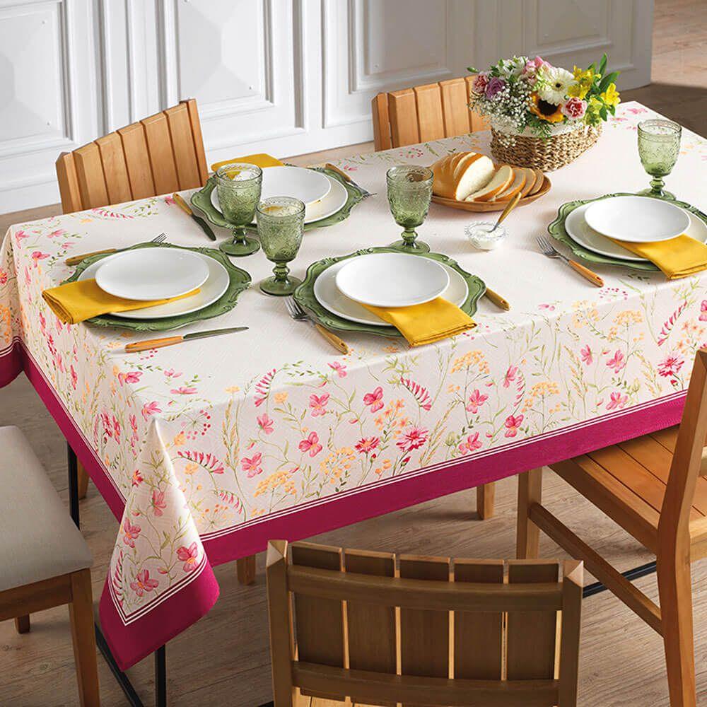 Toalha de Mesa Karsten Retangular 6 Lugares Cada Dia Flores do Campo