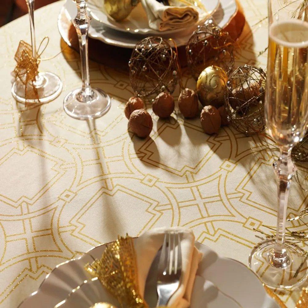 Toalha de Mesa Karsten Retangular 8 Lugares Celebration Esplendor De Natal