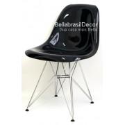 Cadeira Charles Eames Policarbonato Preto Base Cromada