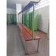 Banco Vestiário de Madeira de lei com Cabideiro - ML93 Usado