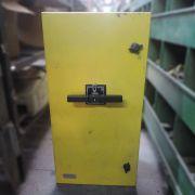 Caixa Chave Tripolar CD678 - Usado