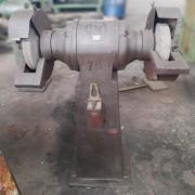 Esmeril de Coluna 2.5 CV robusto industrial - ML141 Usado