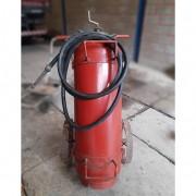 Extintor de incêndio espuma química classe A e B de fogo - HON1 Usado