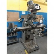 Fresadora ferramenteira Sinitron ISO 40 - VN33 Usado
