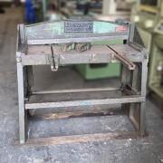 Guilhotina Newton 1 x 1000 mm mod. TP1 a pedal - VN76 Usado