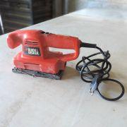 Lixadeira Black & Decker CD400-B2 VL16 - Usado