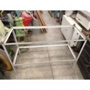 Mesa estrutura De Cantoneira de aço - RX53 Usado