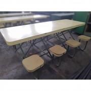 Mesa Refeitório Revestida com Assentos Fixos – ML363 Usado