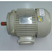 Motor de Indução Trifásico Eberle 1/2 CV - 8 Pólos - VG1304 Seminovo