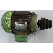 Motor de indução trifásico Eberle 1 CV 6 polos - VG1356 Usado