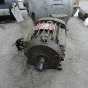 Motor Elétrico Trifásico 04 polos Weg 0,75 CV VG66 -Usado