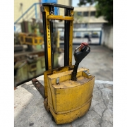 Paleteira elétrica Paletrans 1.000 quilos - ZN24 Usado