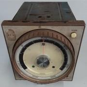 Pirômetro Regulador de Temperatura Magnético Honeywell - VG708 Usado