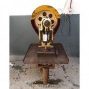 Prensa excêntrica 8 ton marca Joinville – RMC9 Usado