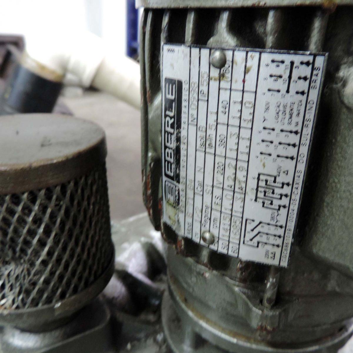 Bomba Hidráulica Refrigerada Com Reservatório E Motor Trifásico F12