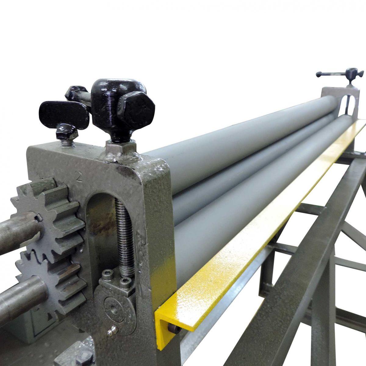 Calandra manual para chapas Inicial c/ bancada VEGA – RMI 1220 x 1.5 mm