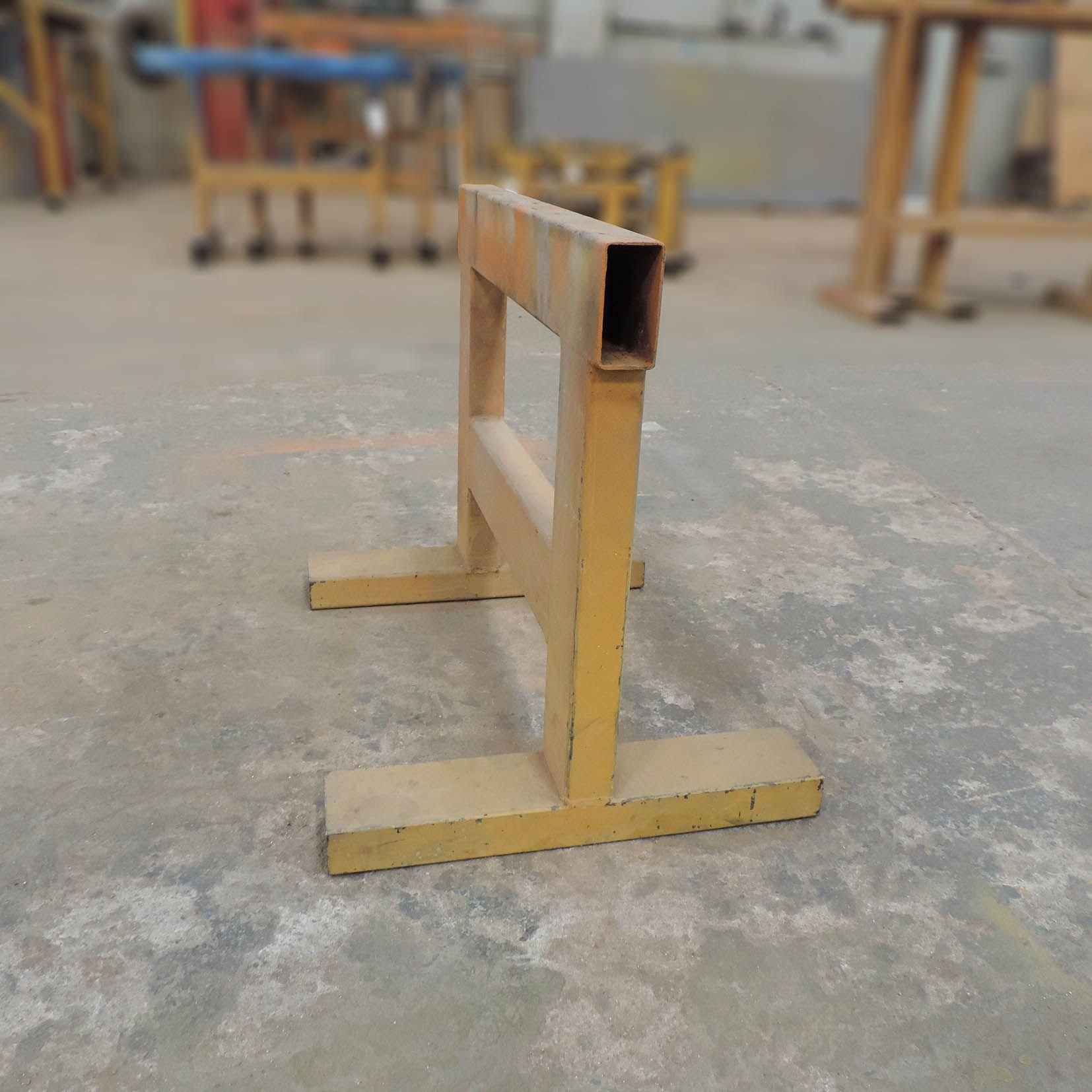 Cavalete multiuso em aço tubular Marca Schmuziger - SZ152 – Usado