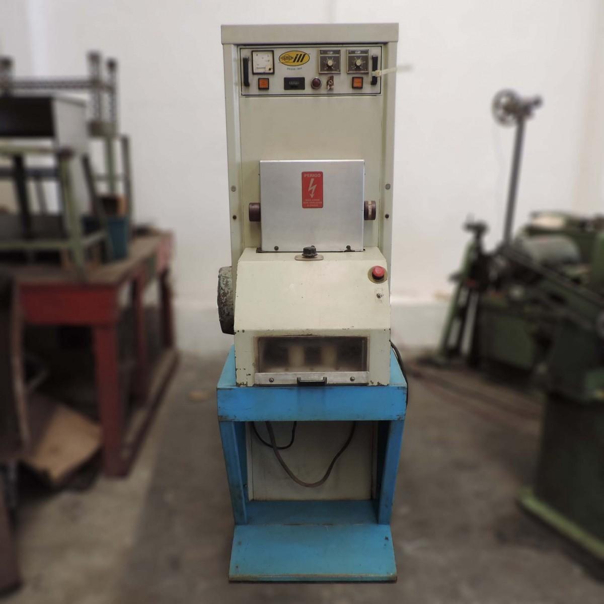 Maquina de solda e têmpera por indução marca Politron - RS18 Usado