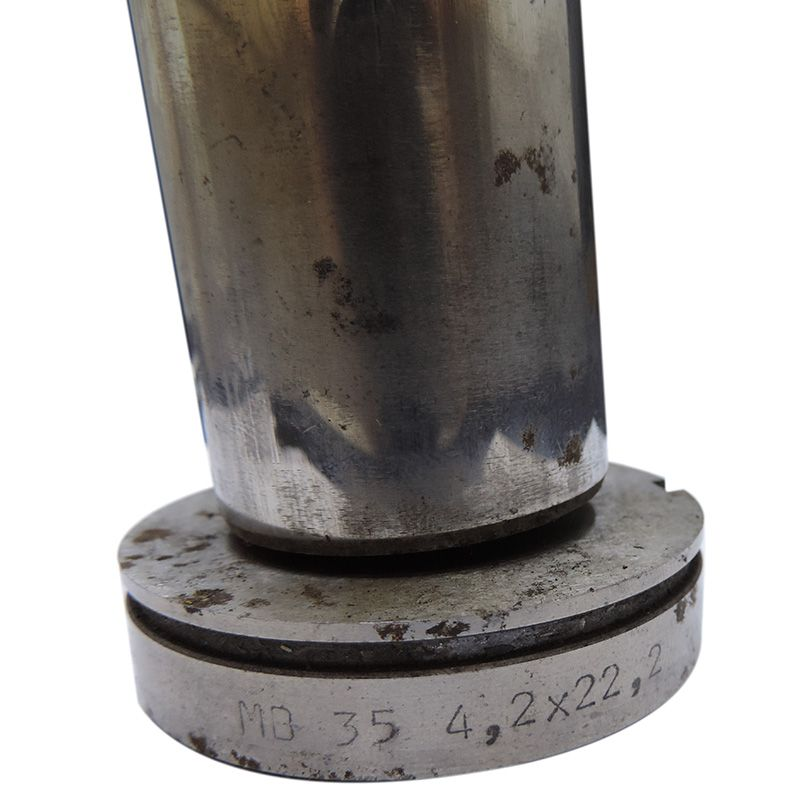 Rfe57 - Matriz E Punção Unistamp Mb35 Oblongo