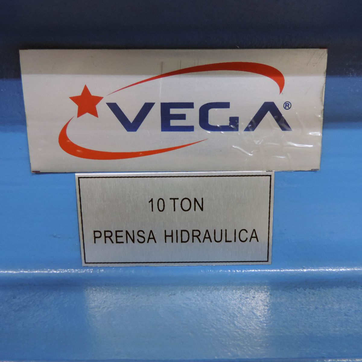 31 Prensa Hidráulica 10 Toneladas Vega Ph1
