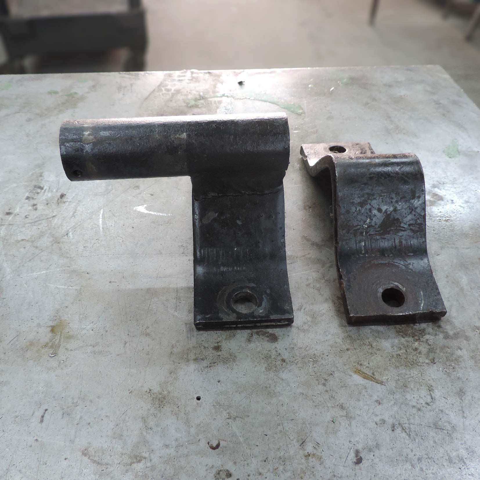 Suporte de Aço VG147 – Usada