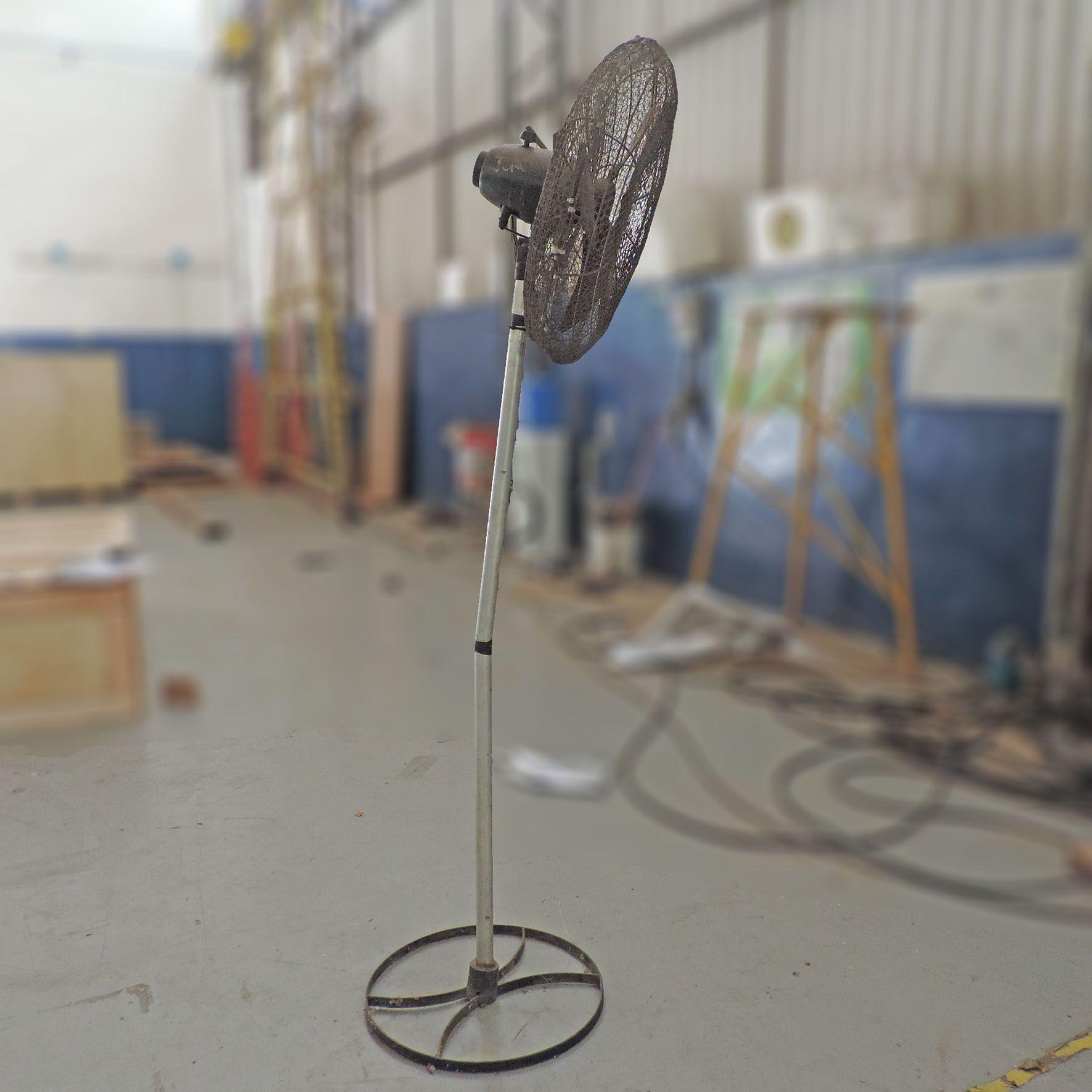 Ventilador de Coluna Pedestal Ventisilva - SP123 Usado