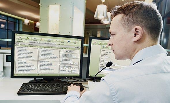Central de cerca elétrica intelbras ELC 5112 - JS Soluções em Segurança