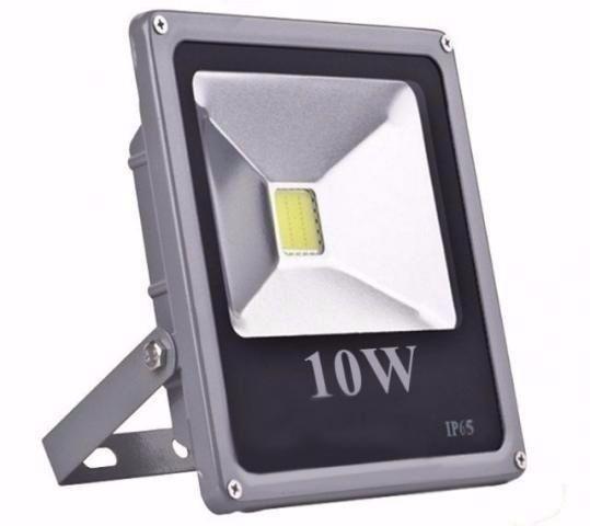 Refletor De Led Holofote Branco Frio 10W IP65 Bivolt - RPC-COMMERCE