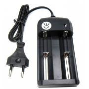 Carregador Universal de Baterias Li-Ion p/ Lanternas 10430, 18650, CR123A, 14500 e outros