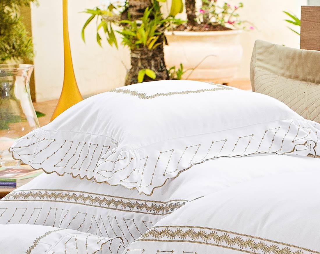 Almofada de Cama Branco Bege Dourado em Fio Egipicio Percal 400 fios - Amaretto