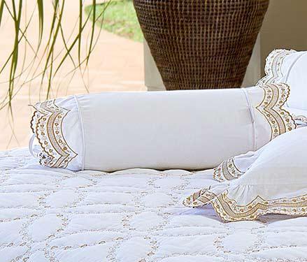 Almofada Rolinho em Percal Algodão 230 fios - Acetinado cor Dourado e Branco - Giornata
