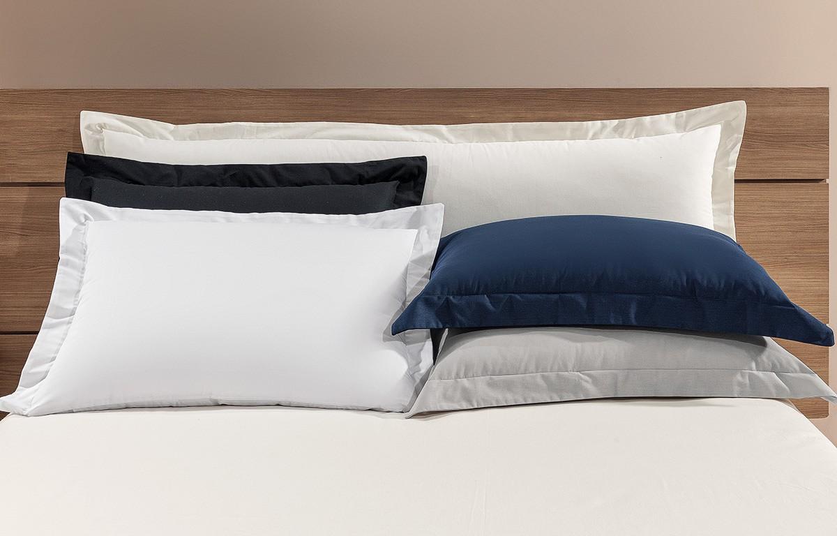 Capa Travesseiro Matelada Versátille com 1 peças em Algodão e Poliéster