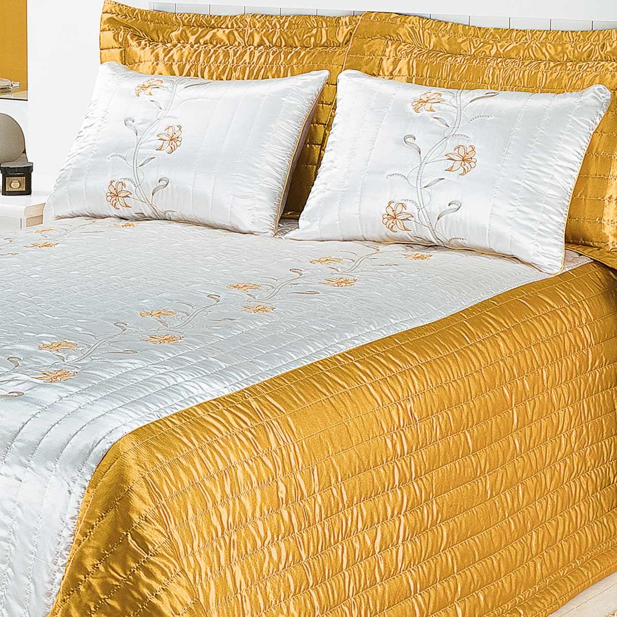 Cobre Leito Aracaju Queen Amarelo com 7 peças Poliéster e Polipropileno
