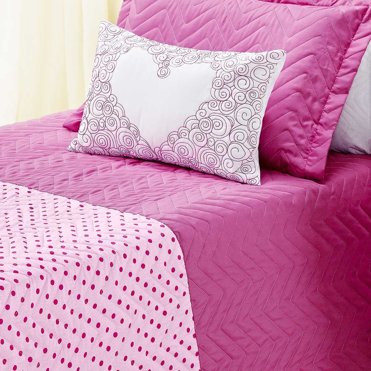 Cobre Leito Carinho Solteiro Rosa Pink com 3 peças Poliéster e Polipropileno