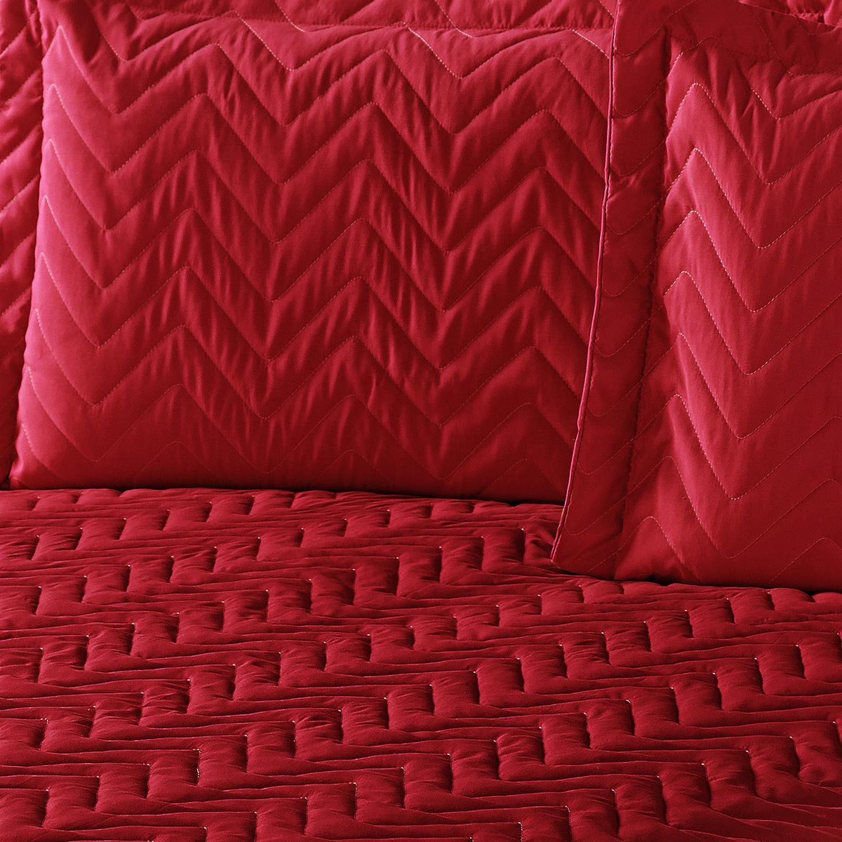 Colcha Clean Queen Vermelho com 4 peças Algodão e Poliester