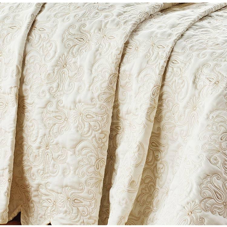 Colcha / Cobre Leito Bordado Queen Palha em Fio Egipicio Percal 400 fios - C´ Doró com 3 peças