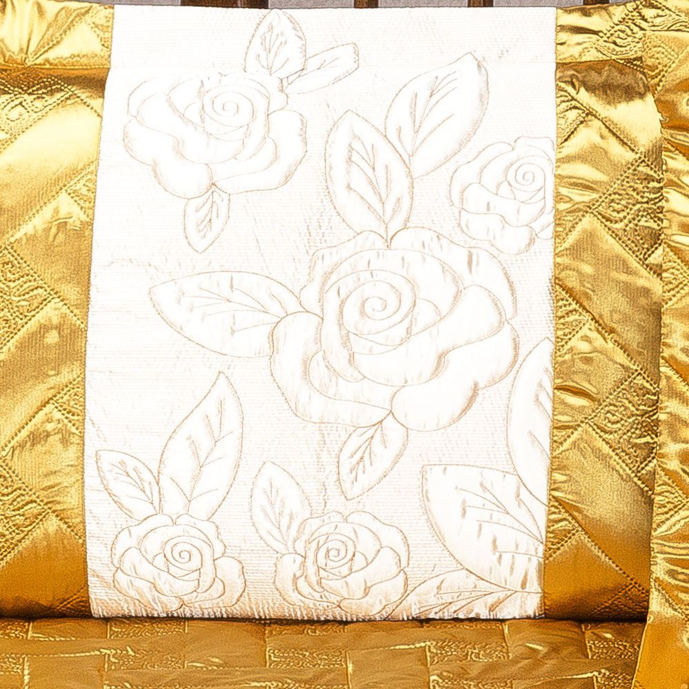 Colcha Rosas Cetim Casal Dourado com 3 peças
