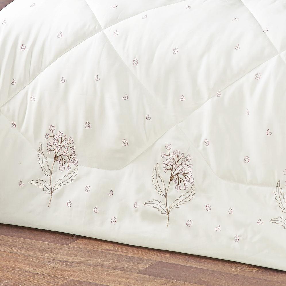 Edredom Queen Jasmin Floral Rose com Bordado Lindo e estampa Flores com 5 peças - Porta Travesseiro com Laço