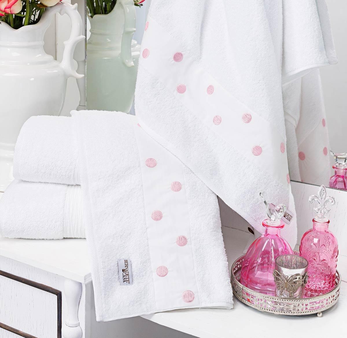 Jogo de Banho Único Branco com Rosa Algodão com 5 peças - Toalha Lacca