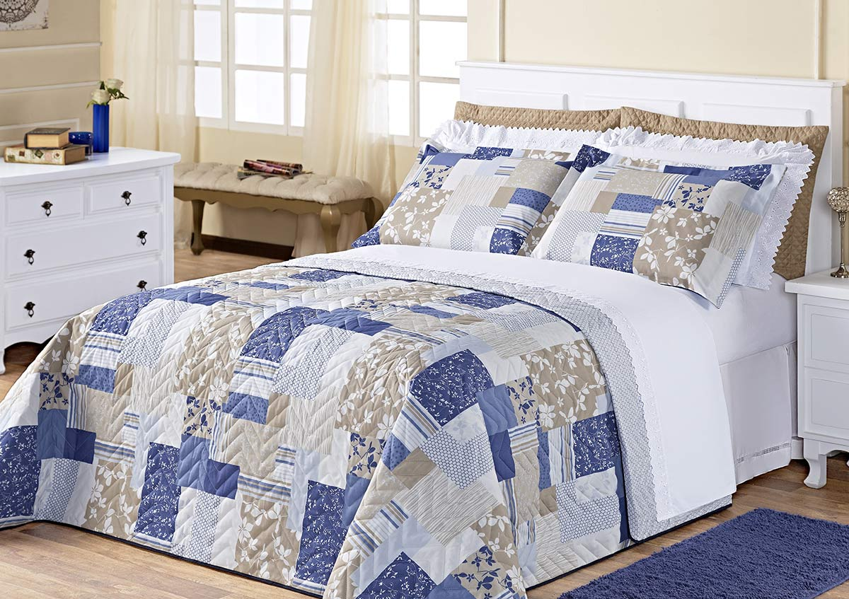 Kit Cobre Leito (Cobre Leito + Porta Travesseiro + Jogo de Lençol) Queen Siena Azul Patchwork Azul Patchwork com 9 peças